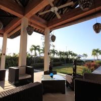 Ferienhaus in Bali mit überdachter Terrasse