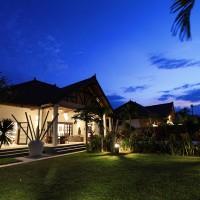 Ferienhaus Bima Sena in Bali in der Nacht